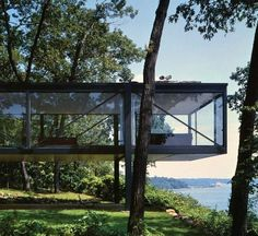Philip Johnson l Robert Leonhardt Haus 1956 Lloyds Neck, Long Island - architektur Cantilever Architecture, Architecture Résidentielle, Amazing Architecture, Contemporary Architecture, Minimalist Architecture, Sustainable Architecture, Philip Johnson, Robert Johnson, Modern House Design
