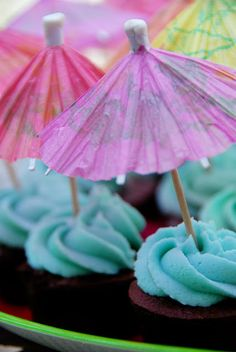 Simple Girl: Super Easy Pool Party Ideas I like the little umbrellas!  @Anne / La Farme / La Farme Marie Hammond