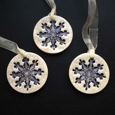 purple crackle ceramic snowflake decorations - tags for favors?