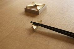 FUTAGAMI | chopstick rest