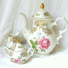 vintage pink roses tea pot  vintage coffee set by minoucbrocante, €59.50