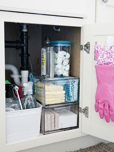 Cleaning can seem like such a chore when company's coming and you're busy with other preparations. Fast fix: Hosting last-minute guests won't stress you out if you make cleaning quick and easy by keeping all your necessary supplies handy and portable. Gather cleansers in a bin along with brushes, sponges, and cloths, and stash it all in a readily accessible cupboard. If you have small children in the house, put a childproof lock on the cupboard door.