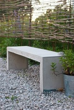 Love that concrete bench!