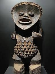 Check Out African Art Galleries. African art culture consists of different art forms created by various tribes. This African tribal art is regarded as one of the finest creations in the world of art. Afrique Francophone, African Empires, Kunst Der Aborigines, Contemporary African Art, African Sculptures, Art Premier, African Masks, Aboriginal Art, West Africa