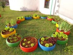Awesome Diy Painted Garden Decoration Ideas For A Colorful Yard Cool the best DIY garden decoration ideas that are made for the colorful patio … - Home Decor Ideas 2020 Tire Garden, Garden Beds, Garden Art, Garden Design, Container Plants, Container Gardening, Farm Gardens, Diy Garden Decor, Growing Vegetables