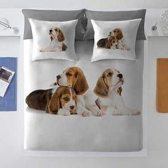 Și noi ar trebui sa avem familia de beagle!!! Mams
