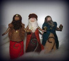 gefilzte Krippenfiguren SET C, 3 Heilige Könige von filzweiber auf DaWanda.com