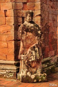 Ruínas da igreja maior da Missão de Trinidad, no sul do Paraguai