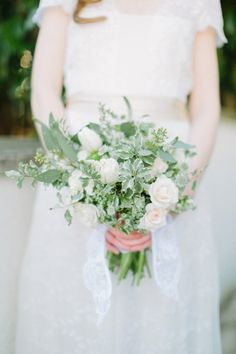 No pinching around these parts because this Emerald Isle inspiration photographed by Love by Serena and crafted by Sarah Park Events + Floral & Bloom Designs is layered with the most beautiful. Green Wedding, Chic Wedding, Wedding Trends, Wedding Details, Rustic Wedding, Wedding Blog, Wedding Bouquets, Wedding Flowers, Wedding Dresses