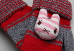 Korea children's No.1 Shopping Mall. EASY & LOVELY STYLE [COOKIE HOUSE] Rabbit Mittens Chou / Size : M / Price : 5.72 USD #cute #koreakids #kids #kidsfashion #adorable #COOKIEHOUSE #OOTD #knit #gloves
