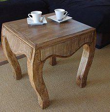 Cardboard table made by Cartão Concept