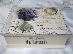 box with lavender Decoupage Box, Decoupage Vintage, Altered Boxes, Altered Art, Cigar Box Art, Scrapbook Box, Inspiration Artistique, Diy And Crafts, Paper Crafts