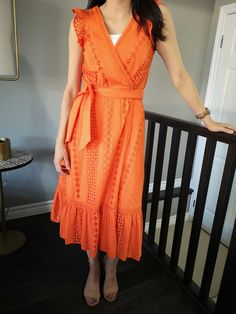 LONG WRAP DRESS The heat hasn't stopped. It's sort of weird to admit that I come from a tropical country but I don't really enjoy the summer… J Crew Shoes, Dresses For Work, Summer Dresses, Wrap Dress, Comfy, Outfits, Fashion, Moda, Suits