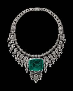 Countess of Granardon Emerald Necklace #Cartier #ArtDeco