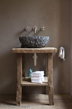 Rustic bathrooms 793548396822880641 - 24 Amazing Rustic Bathroom Vanities Decor Ideas You Should Try at Home Source by ira_stherbin Bathroom Vanity Decor, Rustic Bathroom Vanities, Rustic Bathrooms, Bathroom Interior Design, Decor Interior Design, Bathroom Ideas, Ikea Bathroom, Small Bathroom, Bathroom Mirrors
