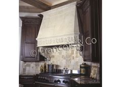 Francois & Co | Cheverny Hood | Metal upper instead of cast stone