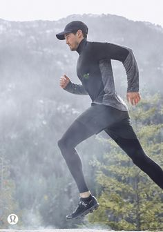 lululemon makes technical athletic clothes for yoga, running, working out, and most other sweaty pursuits. Running Photos, Yoga Fashion, Fashion Women, Lululemon Men, Athleisure Outfits, Yoga Wear, Sport Man, Athletic Outfits, Mens Fitness