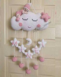Crochet Baby Mobiles, Crochet Mobile, Crochet Baby Toys, Crochet Home, Crochet For Kids, Baby Knitting, Crochet Wreath, Bead Crochet Rope, Crochet Dolls Free Patterns
