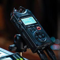 Tascam Introduces DR-X Series Handheld Audio Recorders Music Recording Studio, Recording Studio Design, Home Studio Music, Diy Amplifier, Digital Audio Workstation, Gaming Computer, Gaming Setup, Phantom Power, Recorder Music