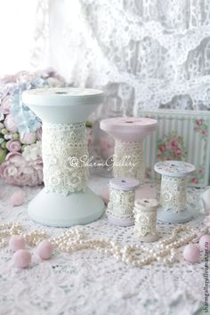"""Complete sets of handmade accessories.  Fair Masters - handmade.  Buy """"Shabby bobbin"""".  A set of wooden spools .. Handmade.  Coils"""