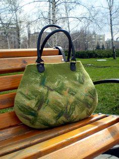 Wet Felted handbag Natural Wool Panda Green by ApratovaFelting