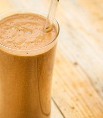 Superfood Chocolate Shake | NavitasNaturals.com