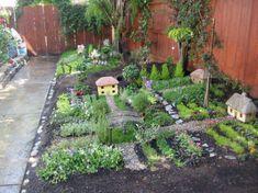 """Zum Thema """"Garten"""" - Hier seht Ihr eine tolle Idee, wie man auch ein kleines Gartenbeet außergewöhnlich gestalten kann - meinen Respekt habt Ihr dafür"""