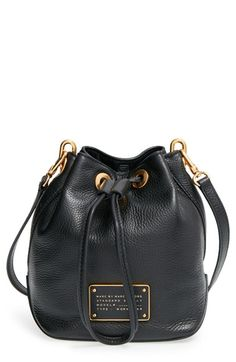 Free shipping and returns on MARC BY MARC JACOBS 'New Too Hot to Handle' Leather Bucket Bag at Nordstrom.com. Buttery-soft leather shapes the slouchy silhouette of a drawstring-cinched bucket bag finished with an updated stamped-leather logo plate. An adjustable crossbody strap clips on for a comfortable, current look.