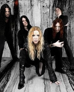 Angela Gossow, Trendy Outfits, Fashion Outfits, Arch Enemy, Metal Girl, Queen B, Dress Outfits, Dresses, Blue Hair