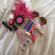 """✨Spring Glam Bundle✨ This bundle has all of your Spring necessities: Smashbox Blush • Vince Camuto Rollerball • Tarte Lipstick • Smashbox lipgloss in """"Pout"""" • 3 Handmade hair ties • Marc Jacobs Mascara • Benefit Boing Concealer Compact (medium 02 & medium 03) • Benefit Poise Tint Cheek Stain • Rimmel London Concealer Stick • Brand New Steve Madden Aviator Sunglasses • If items are not shown as lightly used, they are new! Smashbox Makeup"""
