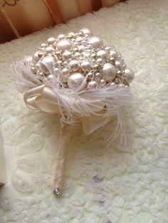Pearl bouquet broochbouquet