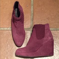 Suede Wedge bootie 70s trend on point! Bordeaux colored suede wedge booties! I wore them once, a gift from Calypso Boutique. Hoss international Shoes Wedges