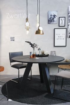 WOOOD op de vtwonen & design beurs 2015! #vtwonenendesignbeurs #vtwdb #woonbeurs #karwei Modern Furniture Online, Custom Made Furniture, Home Furniture, Black Round Dining Table, Kitchen Bookshelf, Dinner Room, Dining Room Inspiration, Furniture Layout, Furniture Design