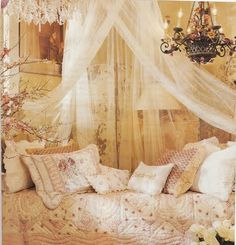 hanging net over day bed