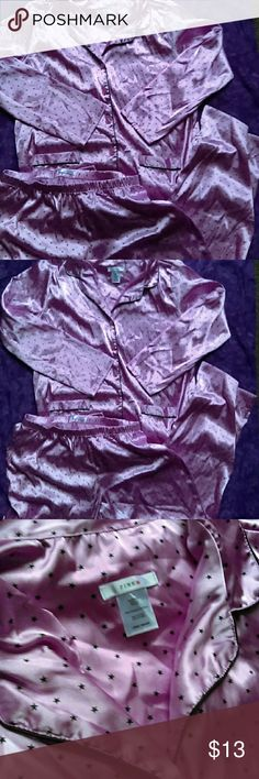Pinkk Star Button Down Pajamas In excellent condition. Any questions please ask. Thanks for viewing. Happy poshing! Intimates & Sleepwear Pajamas