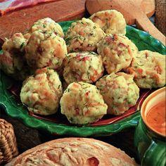 Hungarian Recipes, Hungarian Food, Food Hacks, Food Tips, Meat Recipes, Potato Salad, Cauliflower, Potatoes, Meals