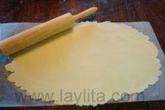 Empanadas Mendocinas – Argentinian Empanadas – Laylita's Recipes Empanadas Recipe Dough, Empanada Dough, Gourmet Recipes, Bread Recipes, Pastry Crust Recipe, Mendoza, Argentine Recipes, Veggie Plate, Piccalilli