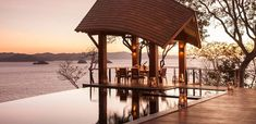 5 Getaways For Easter Sunshine With Free Nights & Upgrades