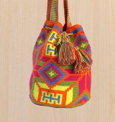 Hand woven Wayuu tribe mochila / shoulder bag - Orange print Inspiration