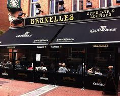 Ireland: Good food in Dublin - Bruxelles Pub - great music, great for sports, and day drinkies!
