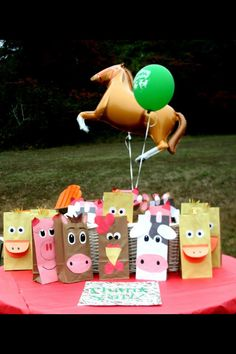 Farm animal goody bags made from construction paper and brown paper bags. They were a total hit with the kiddos and they were excited that they could choose their own animal. Farm Animal Party, Farm Animal Birthday, Barnyard Party, Cowboy Birthday, Farm Birthday, Farm Party, Baby First Birthday, 4th Birthday Parties, Second Birthday Ideas