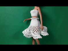 Эмма Сацкая - YouTube Barbie Clothes, Barbie Dolls, Barbie House, Crochet Videos, Little Dresses, Crochet Fashion, Crochet Clothes, Knit Crochet, Fashion Outfits