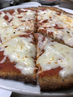 Pizza con impasto di grano saraceno Pizza, Lasagna, Cheese, Ethnic Recipes, Food, Meals, Yemek, Lasagne, Eten