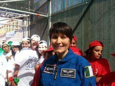 A quattro mesi dal ritorno sulla Terra, è tempo di Post Flight Tour per  l'astronauta dell'Agenzia Spaziale Europea e capitano pilota  dell'Aeronautica Militare Samantha Cristoforetti