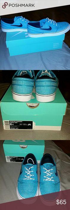 Nike SB Stefan Janoski Canvas Men's Size 6 women's 7.5  worn once Nike  Shoes Sneakers
