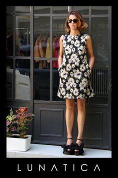 Abitino, trapezio, jacquard, lurex, black, oro, gold, nero, skin, flowers, fiori. Lunatica, Milano, Atelier, Made in Italy, pretty, cool, cute, amazing, girl, shoes, silk, sexy