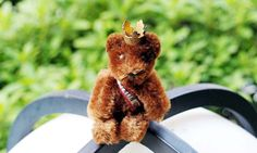Schuco Berlin Ambassador Miniature Bear Pin