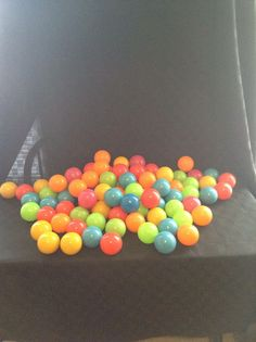 Stats Preowned Clean Quality Plastic 85 Piece Ball Set Colorful Play Fun  #Stats
