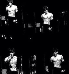 Baekhyun and those sexy AF abs!!!!