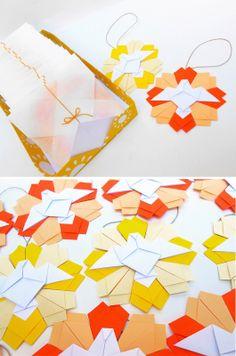 origami - mandala para colgar Origami Diy, Origami Paper Folding, Origami Wedding, Origami And Kirigami, Origami Stars, Paper Art, Paper Crafts, Traditional Japanese Art, Bible Crafts